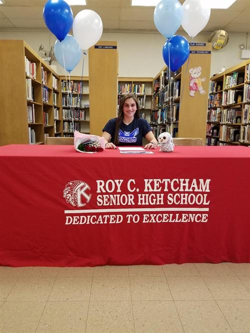 Rossella Graniero signed her letter of intent to play Soccer at Southern Connecticut University